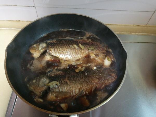 榨菜鲫鱼怎样做