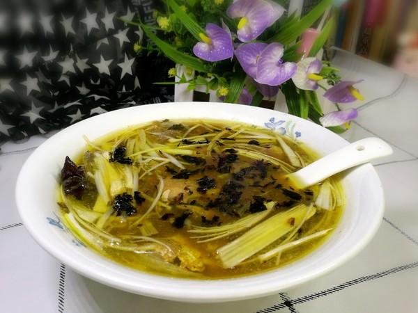 黄鱼紫菜汤成品图