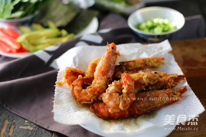 阿根廷红虾的做法_炸虾寿司卷的做法_炸虾寿司卷怎么做_美食杰
