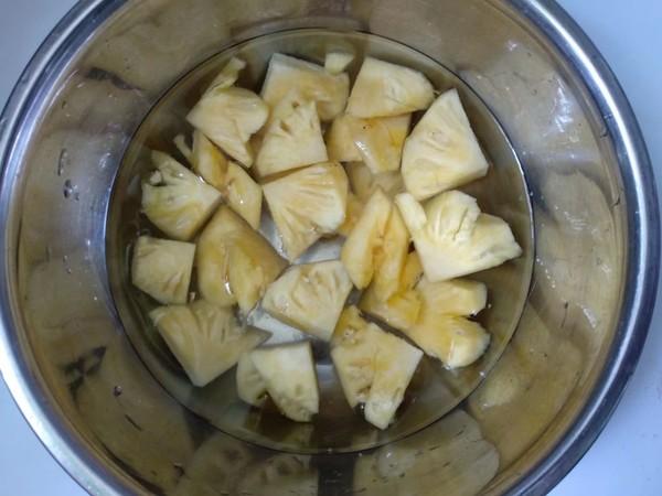 菠萝芹菜汁的做法大全