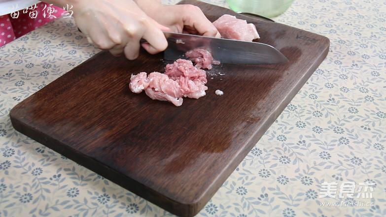 肉末鸡蛋卷的家常做法