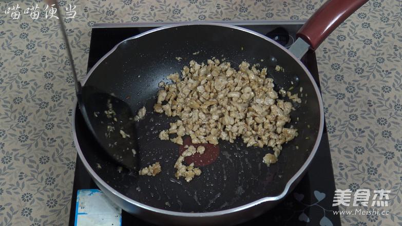 肉末鸡蛋卷怎样炒