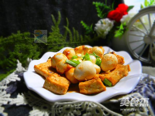 茄汁鹌鹑蛋煎豆腐成品图