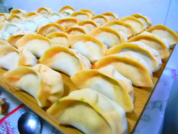双色水饺#晚餐#的制作