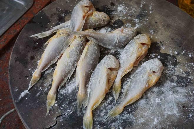 酥炸小黄鱼怎么做