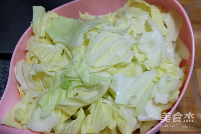 五花肉炒圆白菜怎么炒