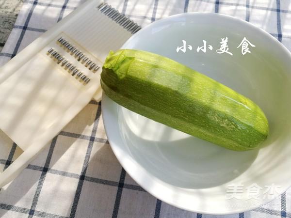 凉拌西葫芦:润肤减肥,清香嫩爽的做法大全