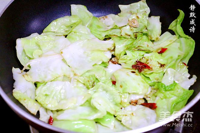 炝炒卷心菜怎么煮