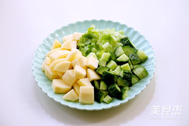 黄瓜芹菜苹果汁的做法大全