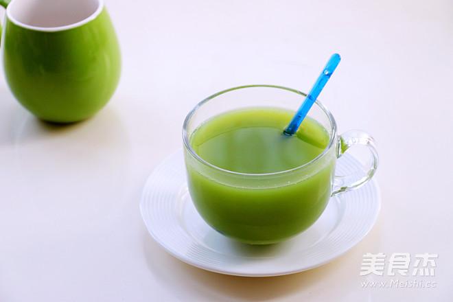 黄瓜芹菜苹果汁成品图