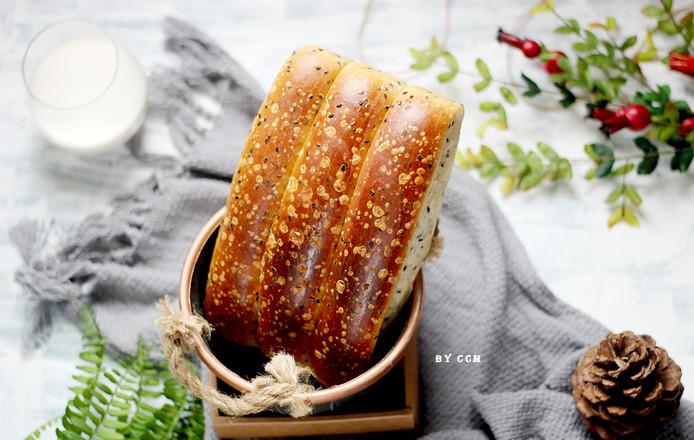黑芝麻面包条---又香又软超级好吃成品图