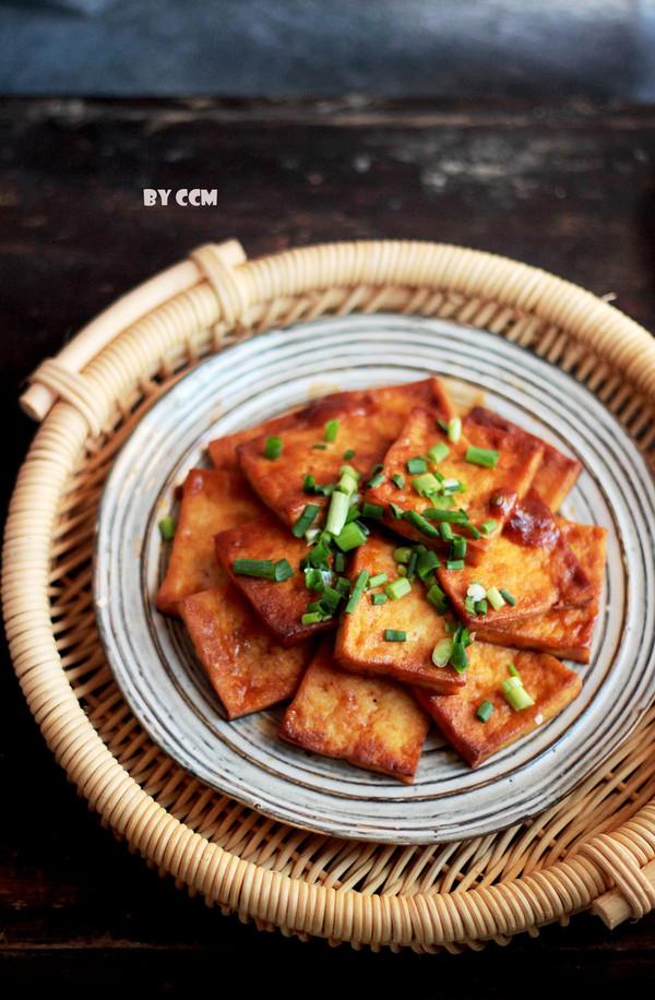 酸甜可口的茄汁豆腐成品图