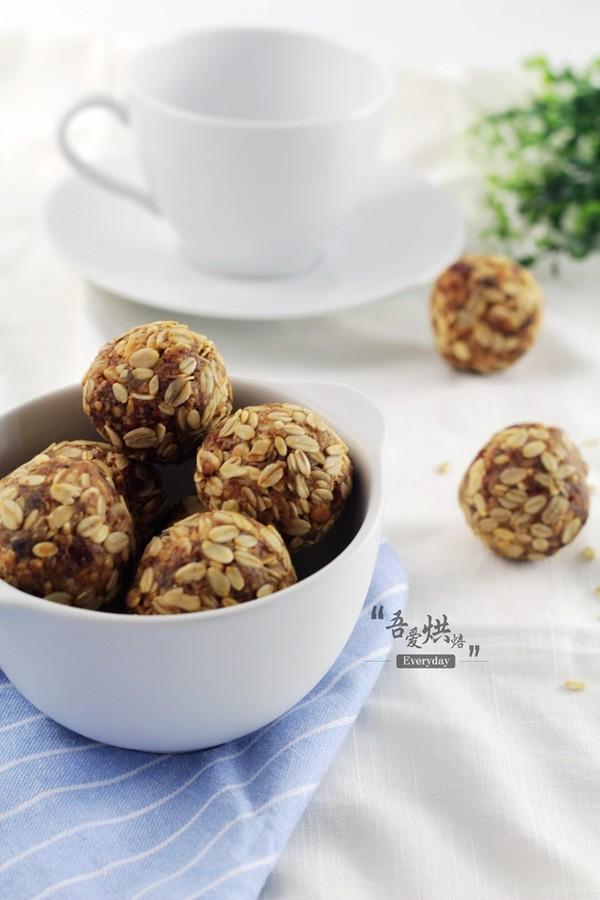 休闲零食——燕麦花生酱球成品图