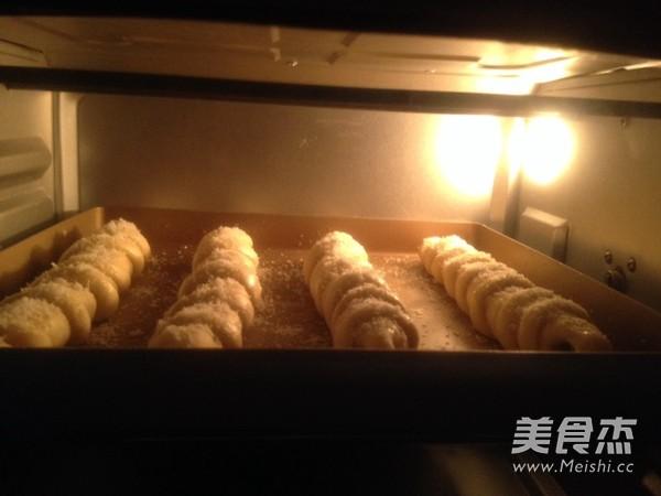 毛毛虫果酱面包怎样炒