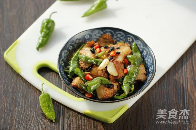 辣椒小炒肉成品图