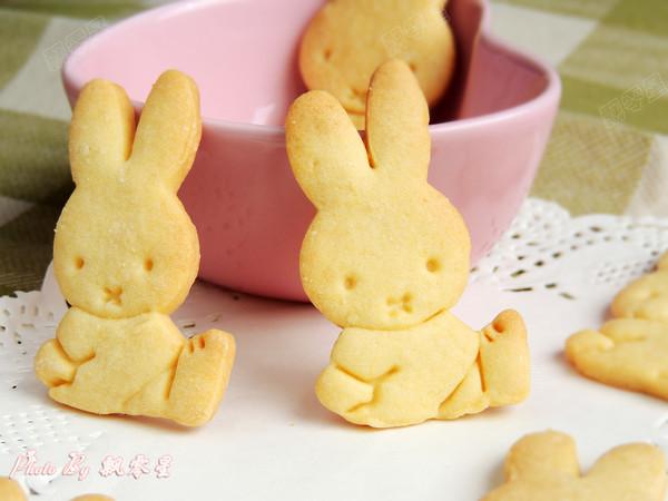 卡通小兔饼干成品图