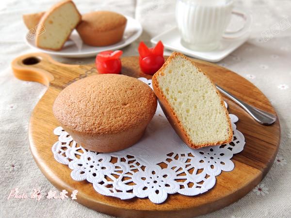 分蛋海绵小蛋糕成品图