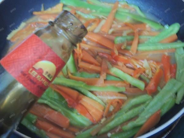 青红椒炒胡萝卜怎么炖