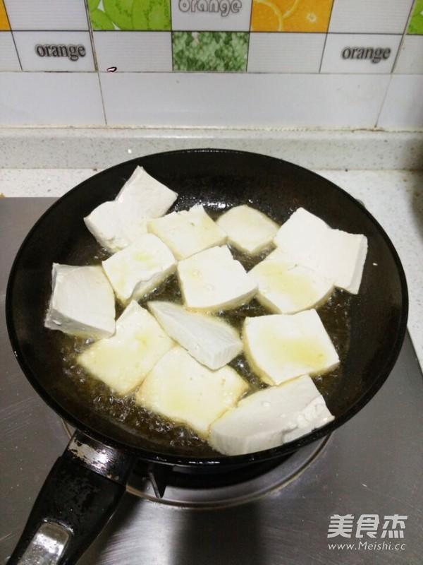 木耳豆腐小炒的家常做法