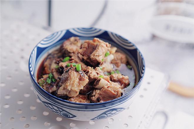 美食DIY——香菇菜蒸排骨