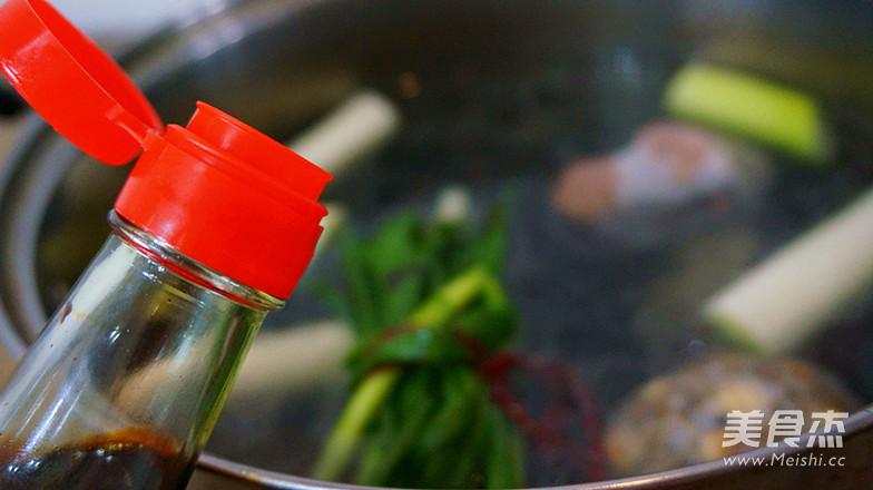 香辣卤猪蹄之卤水制作怎样做