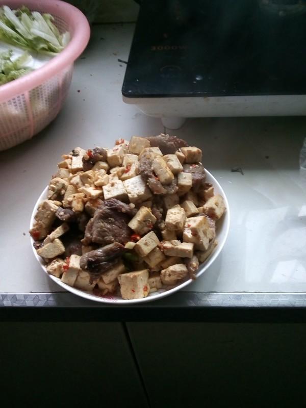麻婆豆腐炒肉成品图
