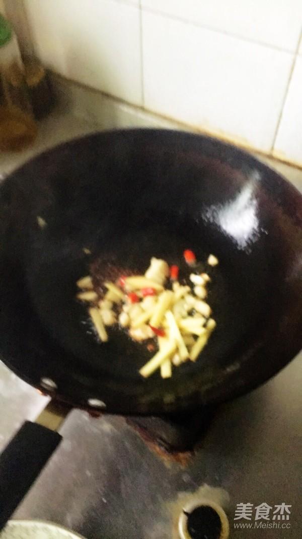 麻辣香锅怎么吃