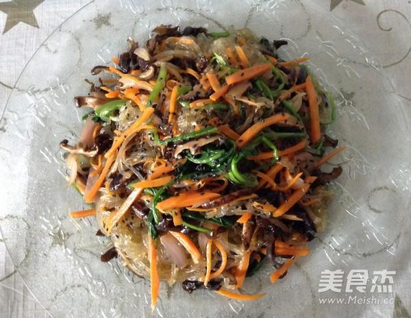 韩式凉拌杂菜成品图