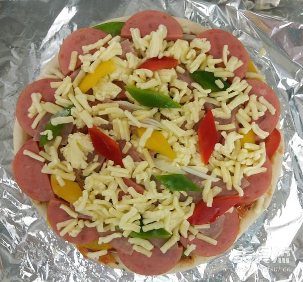 火腿彩椒披萨怎么做
