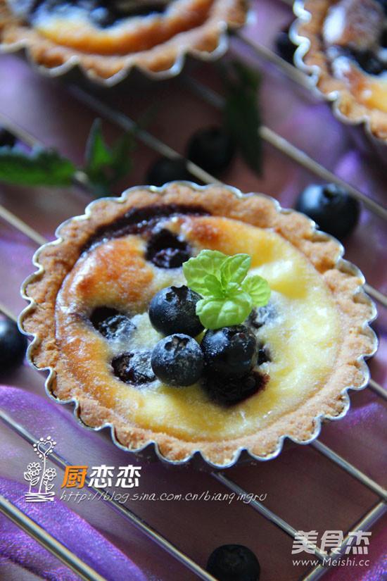 蓝莓乳酪塔成品图