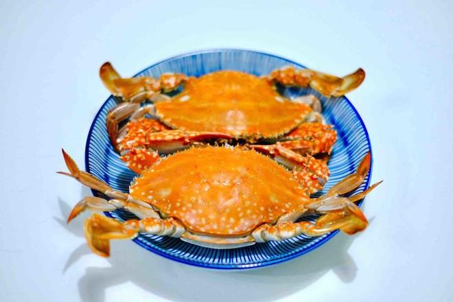 清蒸桑拿蟹成品图
