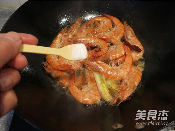 香辣油爆海虾怎么煸