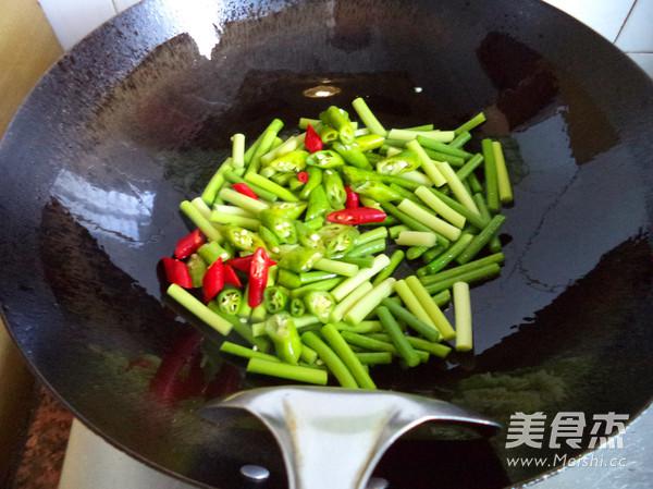 蒜苔炒腊肉的做法图解