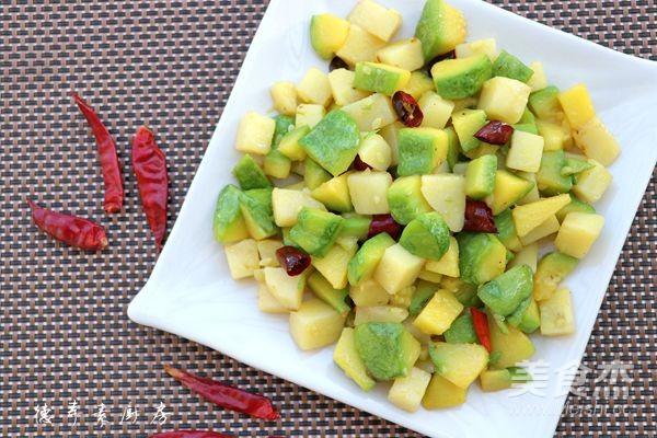姜柄瓜焖土豆成品图