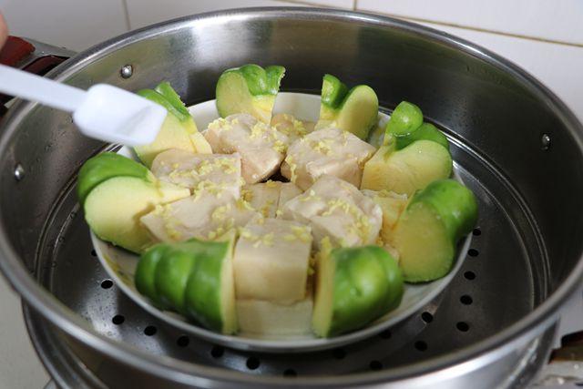 姜柄瓜蒸臭豆腐的家常做法