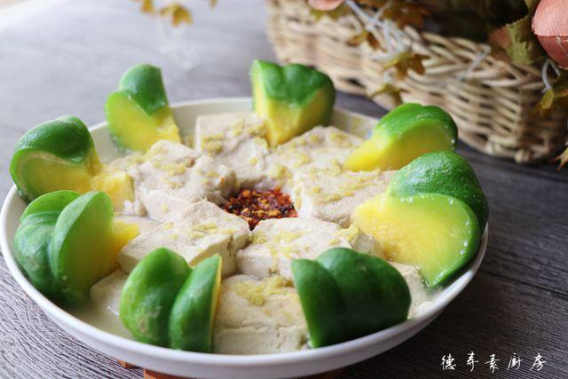 姜柄瓜蒸臭豆腐成品图