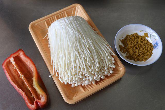 咖喱金针菇的做法大全