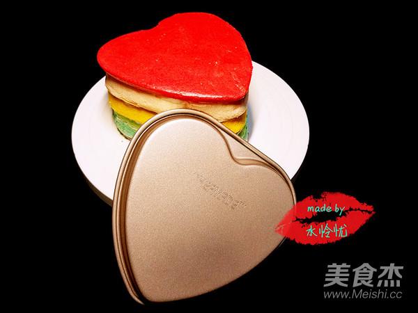 彩色心形蛋糕胚成品图
