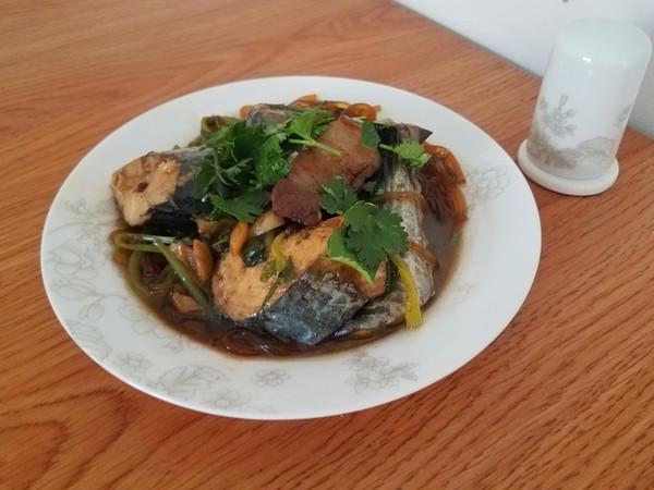 萝卜炖鲅鱼成品图