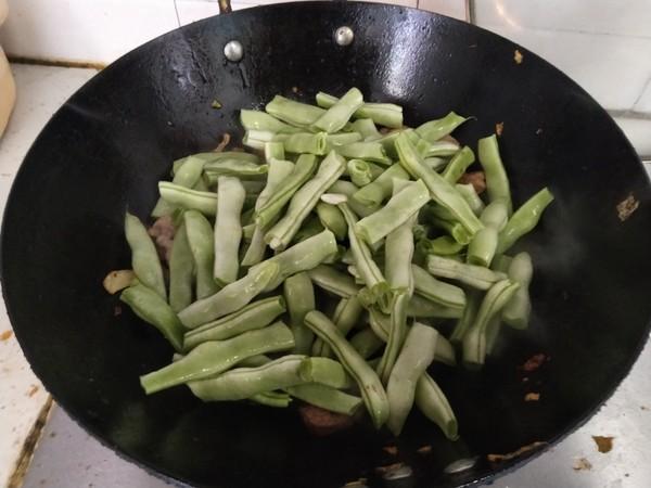 土豆炖芸豆怎样煸