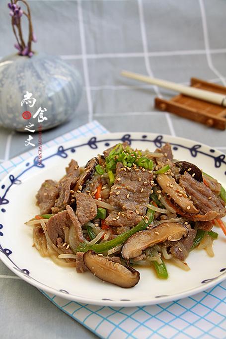 韩式牛肉炒杂蔬成品图