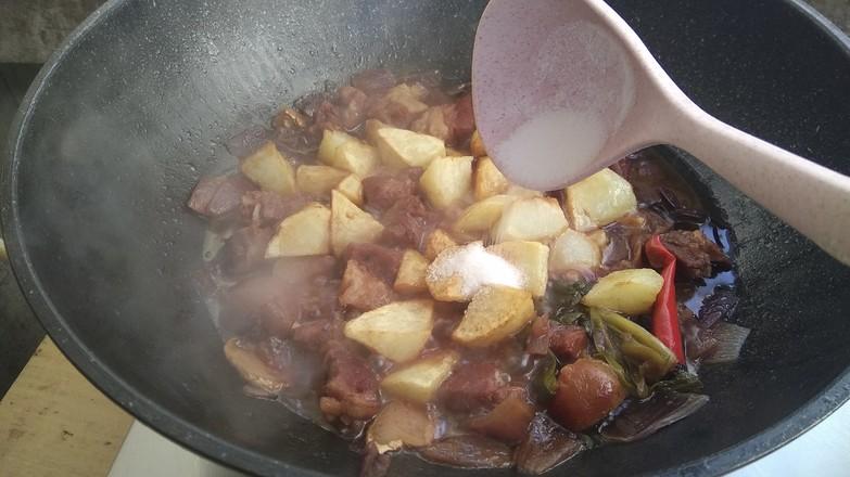 土豆烧牛肉怎样煮