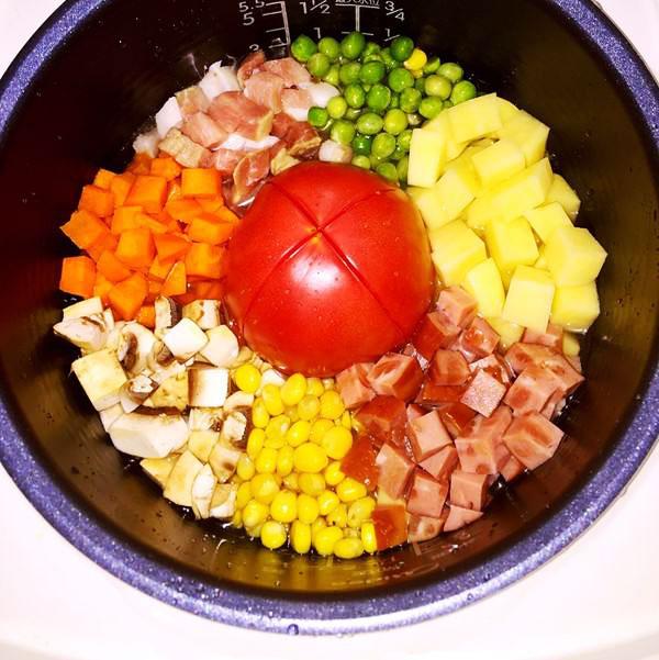 网红款美味的一整个番茄饭的做法大全
