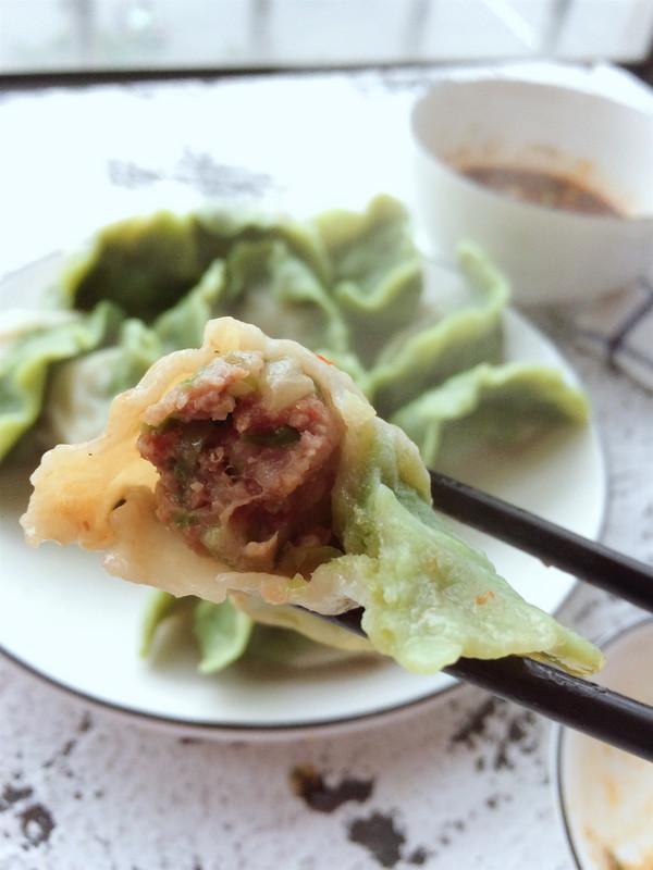 翡翠白菜饺子成品图