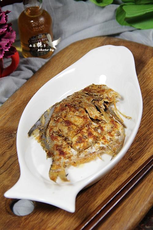 煎烤平鱼成品图