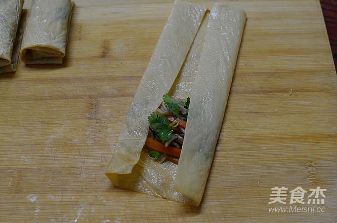 香菜腐皮卷怎么煸