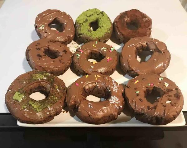 甜甜圈饼干成品图