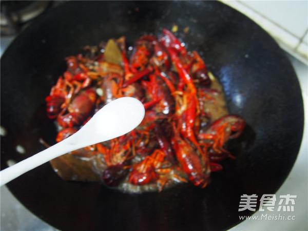麻辣小龙虾怎样煸