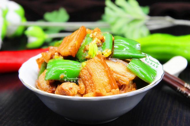 家常菜青椒炒五花肉成品图