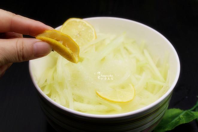 酸甜冰爽凉拌西瓜皮的简单做法